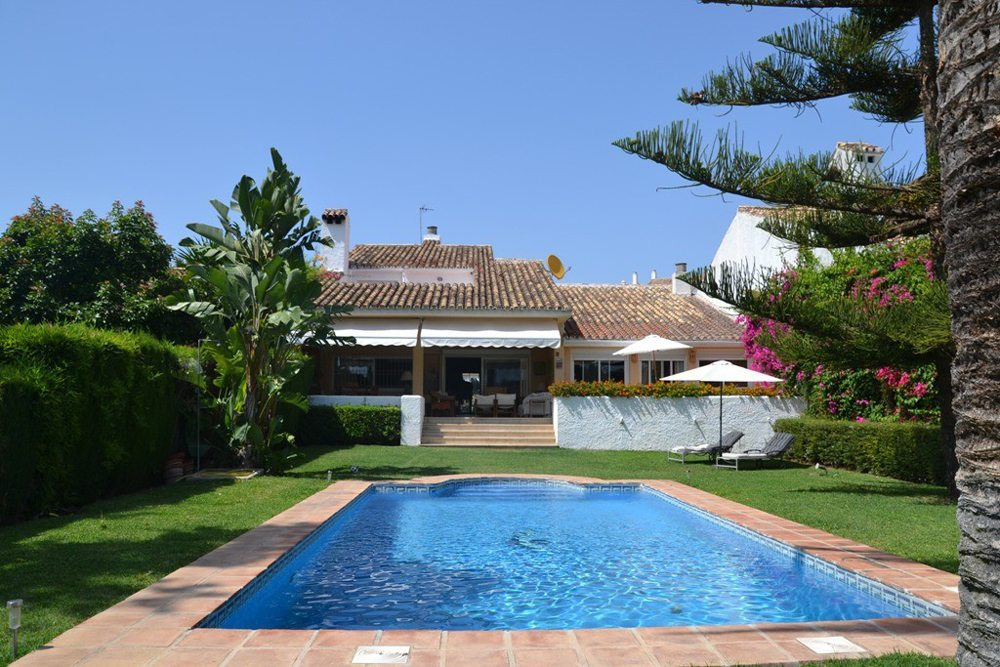 townhouses for sale in guadalmina