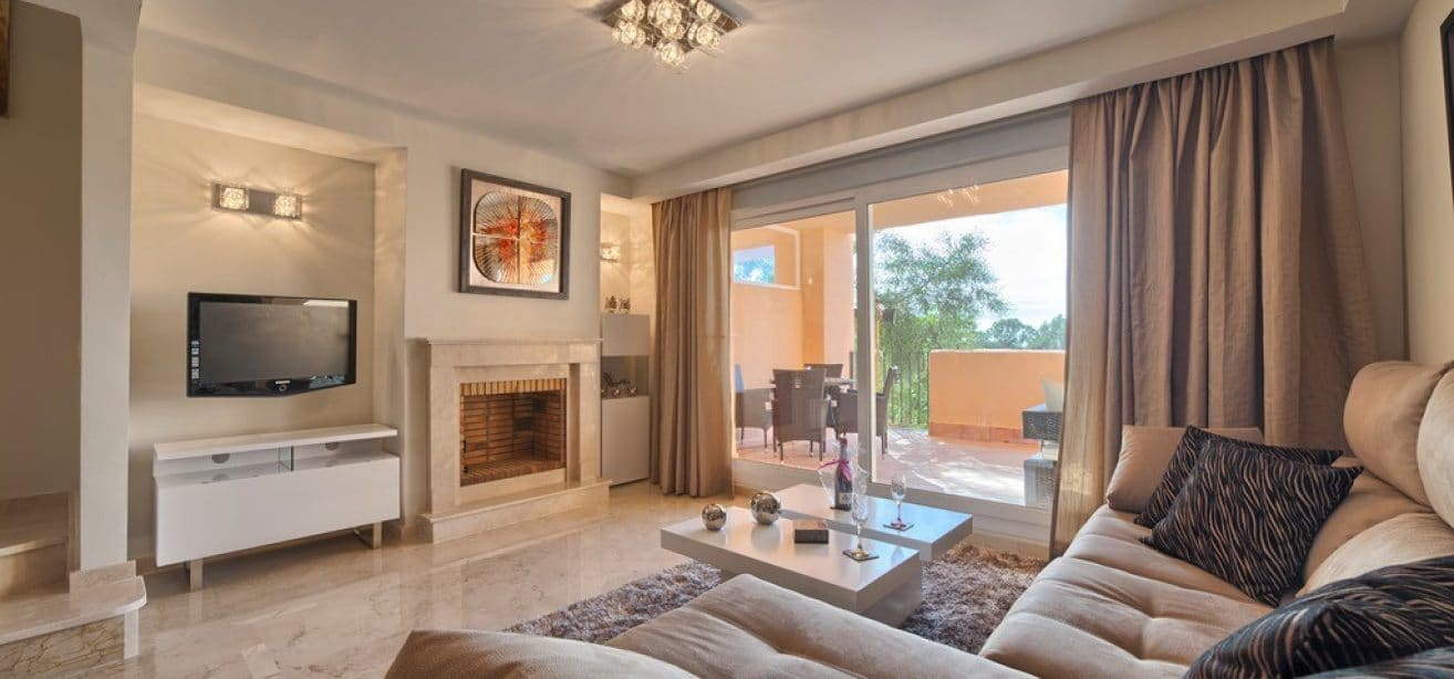 townhouses for sale marbella east