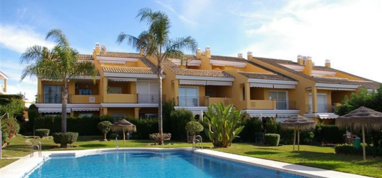Marbella Estates - Penthouses for sale in Costabella