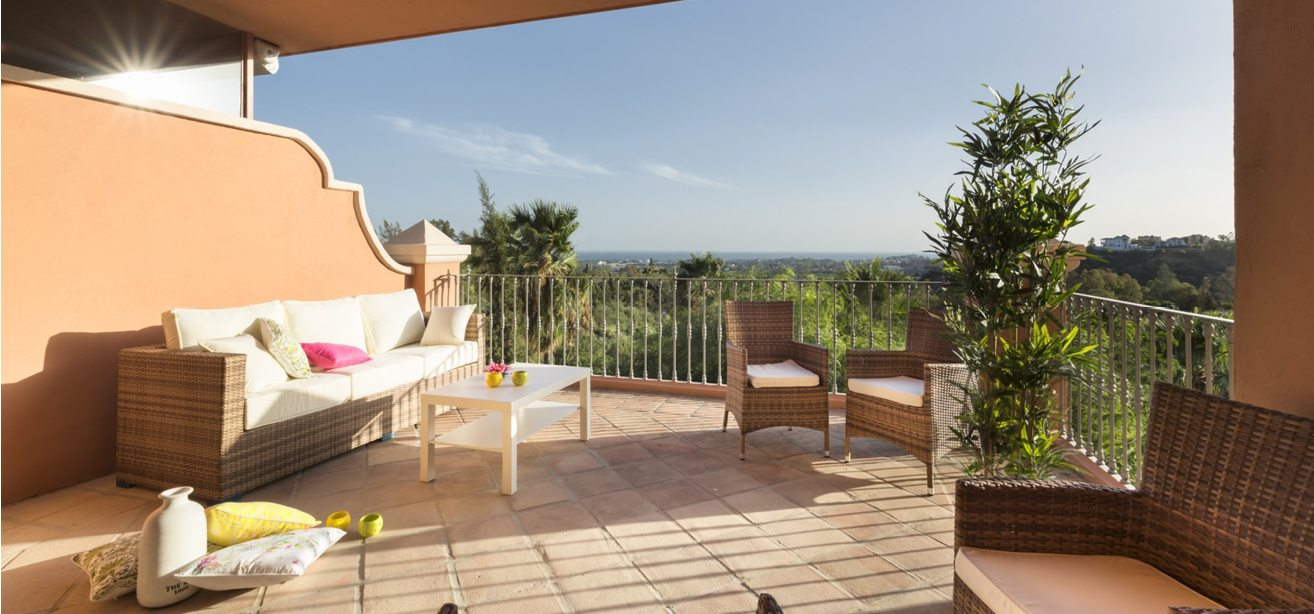 Marbella Estates - Penthouses for sale in Monte Halcones