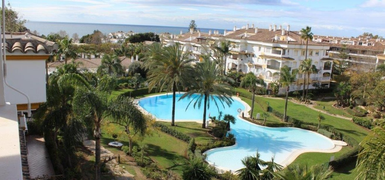 Marbella Estates - Penthouses for sale in Nagueles