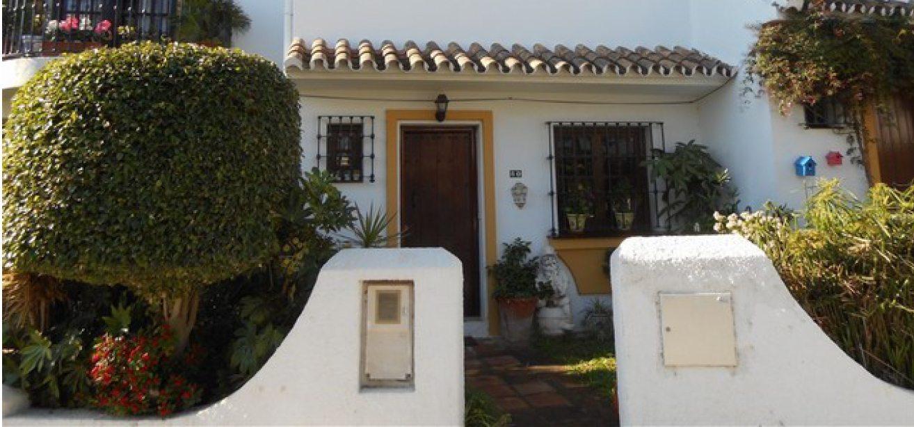 Marbella Estates - Maisons de ville à vendre à La Campana