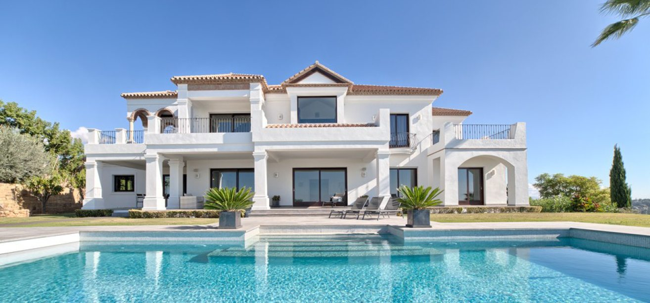 villas for sale the new golden mile