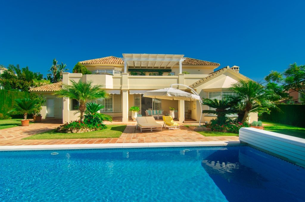 townhouses for sale elviria