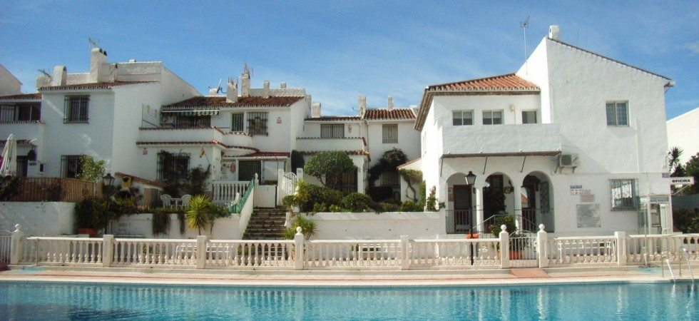 townhouses for sale atalaya