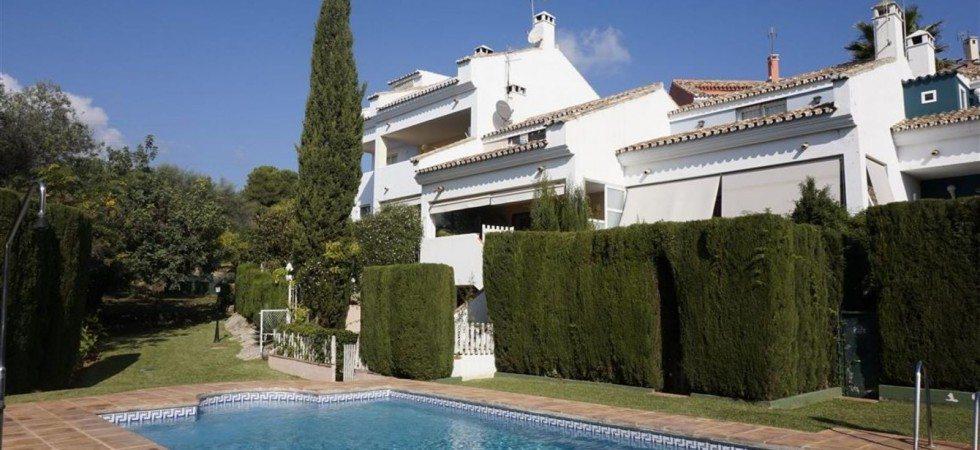 Marbella Estates - Reihenhäuser zum Verkauf in Los Monteros