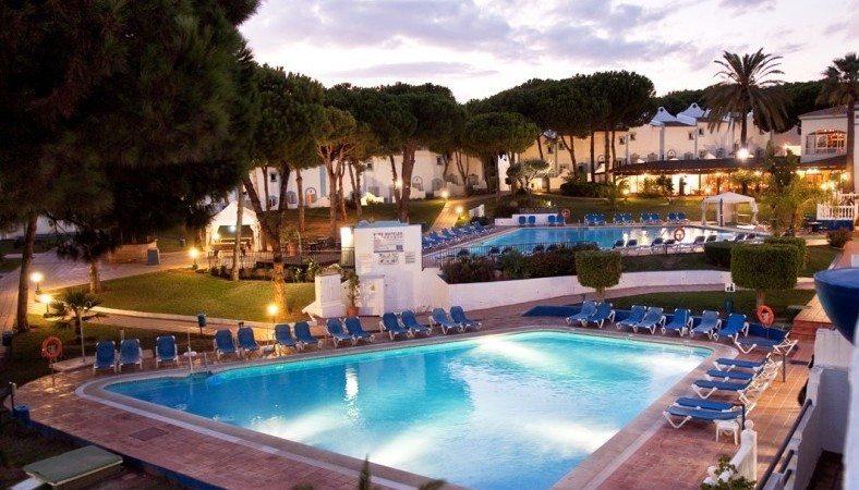 Marbella Estates - Reihenhäuser zum Verkauf in Reserva de Marbella