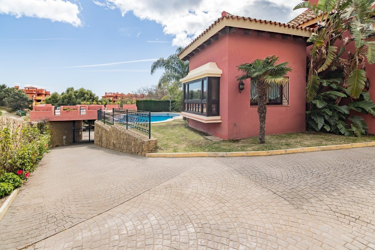 Marbella Estates - Villas à Vendre à Elviria