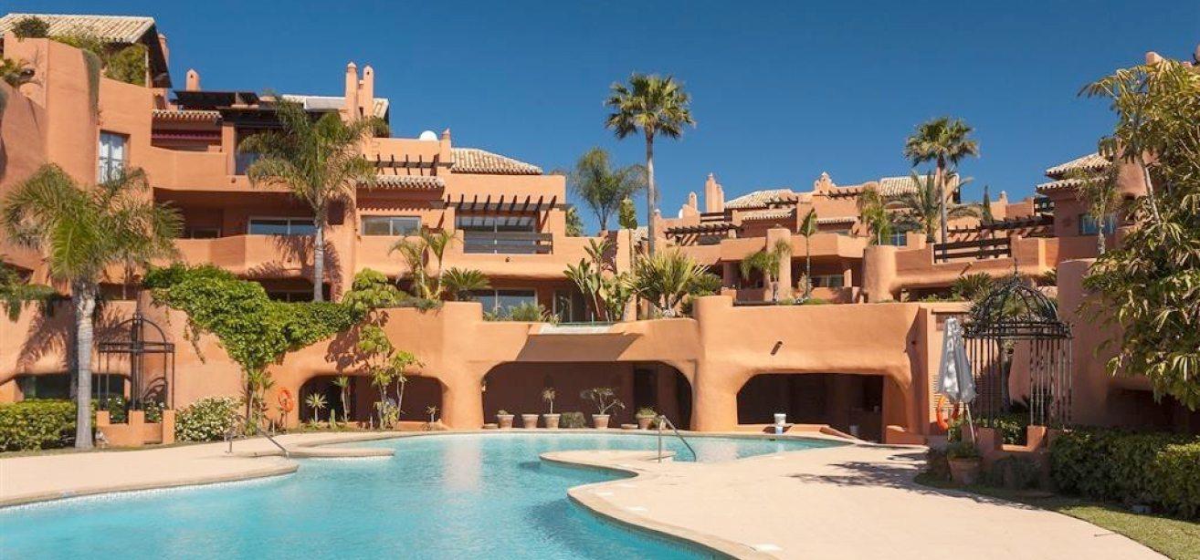 lägenheter till salu nueva andalucia