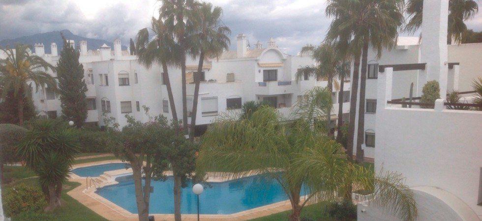 Marbella Estates - Takvåning till salu i Benavista