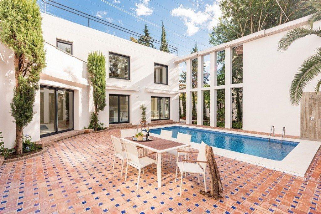 Marbella Estates - Villa till salu i Nueva Andalucia